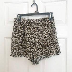 Leopard print rayon shorts